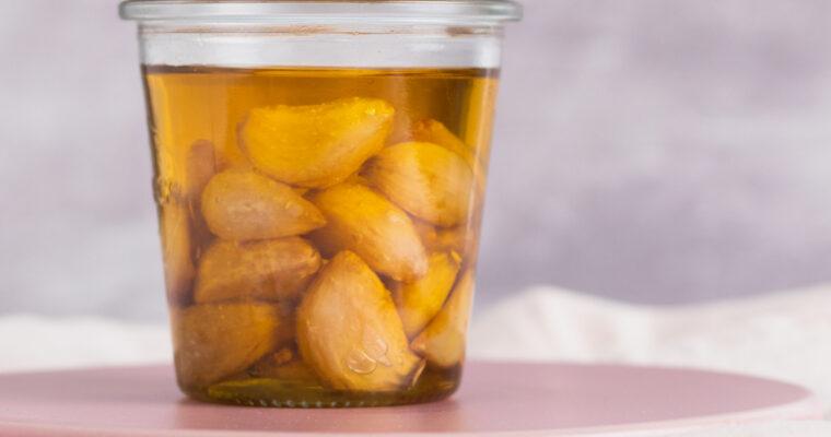 Confiterede hvidløg – Hvidløg tilberedt i olivenolie