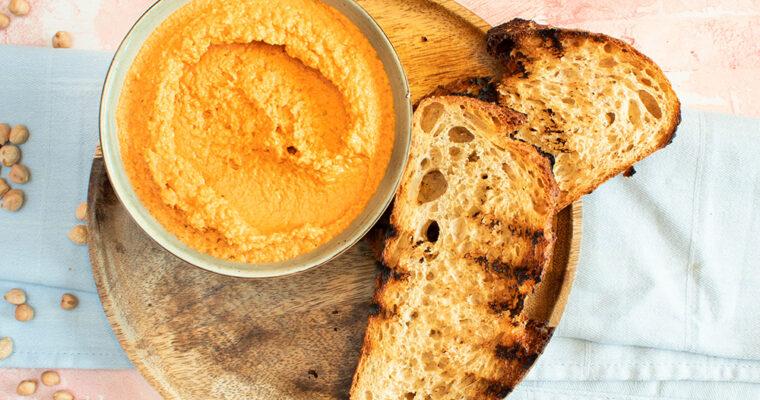 Hummus med grillet peberfrugt – Opskrift på fantastisk peberfrugthummus