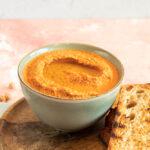 Cremet lækker hummus med grillet peberfrugt
