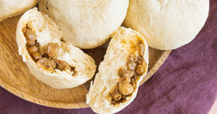 Frokost boller – Indisk inspirerede boller med fyld af dahl og kikærter.