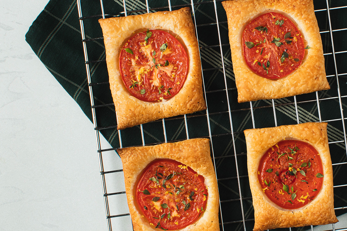 Små tomattærter med butterdej – Simple og lækre butterdejstærter
