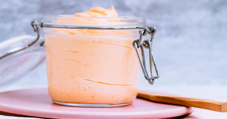 Røget chili mayo med lime – opskrift på fantastisk hjemmelavet mayonaise