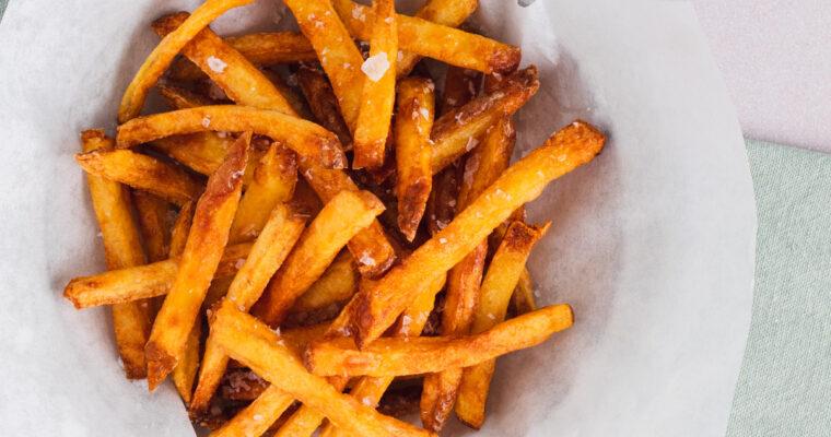 Pommes frites – opskrift på sprøde hjemmelavede pommes frites